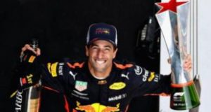 Ricciardo primo in Cina ricciardo primo in cina Ricciardo primo in Cina 100863125 ricciardo 310x165 300x160