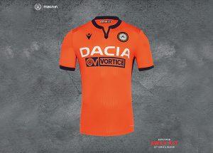 Udinese, nuova maglia ispirata a quella di Zico Maglai di trasferta undinese 2019 300x215