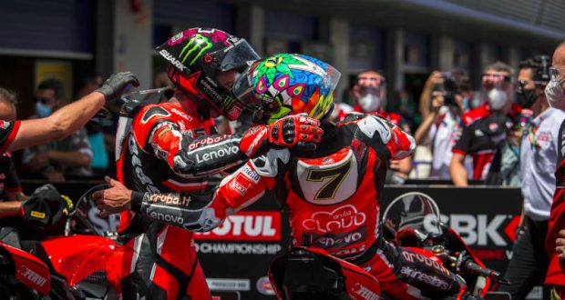 ducati perfette in gara1 Ducati perfette in Gara1 doppiettaGara2 620x330